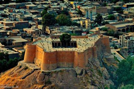 دوازدهمین دفتر استانی حزب همدلی مردم تحول خواه(همت) در شهرستان خرم آباد مجوز فعالیت گرفت.