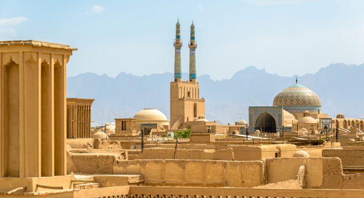 شانزدهمین دفتر استانی حزب همدلی مردم تحول خواه(همت) در شهرستان یزد مجوز فعالیت گرفت.
