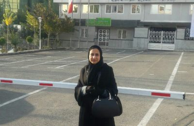 استاد مهری سروش امروز در فرمانداری کرج حضور یافت و با شعار حزب همت حزب همدلان تحول خواه ثبت نام کرد