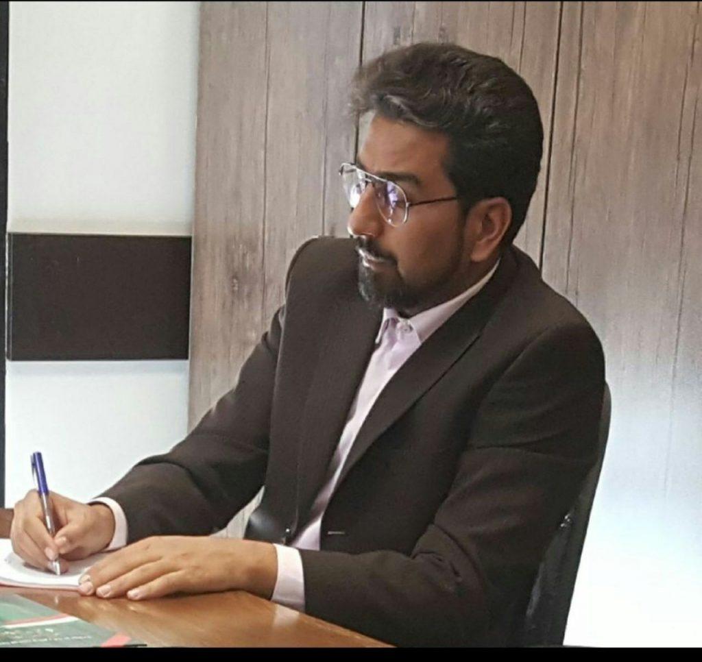 دکتر پیمان متقی، یک تحول خواه واقعی ثبت نام و وارد عرصه انتخابات شهر تهران شد.